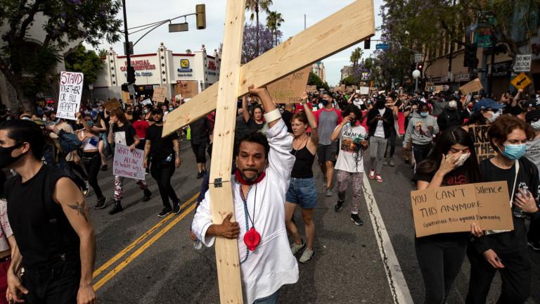 Протестите в градовете на САЩ, предизвикани от убийството на Джордж