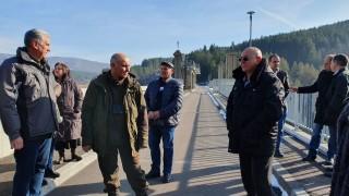 ВАП изпрати Ревизоро и Петкова да проверяват рудници и мини