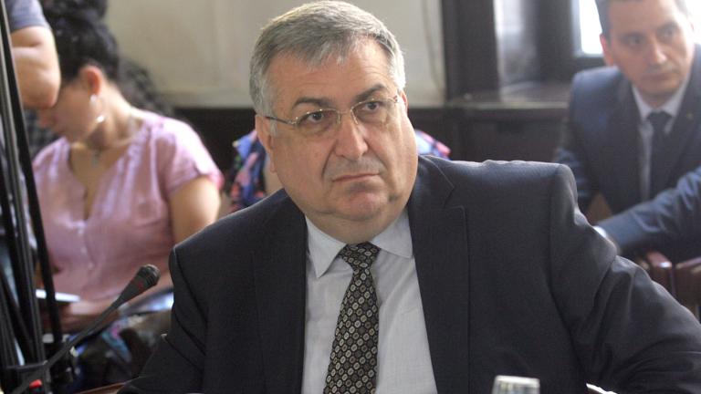 """Близнашки: Президентската република е """"глуха улица за България"""""""