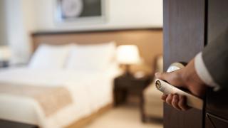 4 и 5-звездните хотели обират 75% от чужденците през октомври