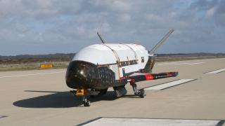 САЩ изстреляха в орбита мистериозен военен самолет