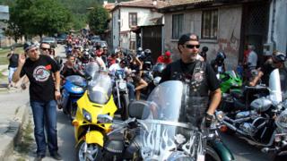 Рев на мотори огласи Света Гора във В. Търново