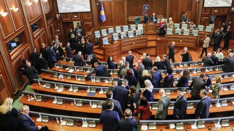 Западът призова Косово да сформира правителство