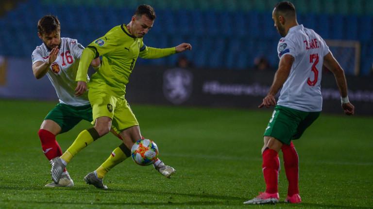 Опорният халф на България - Кристиян Малинов сподели, че целият