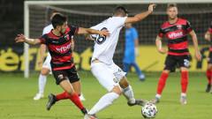 Локомотив (Пловдив) - Славия 2:0, Гомис удвоява