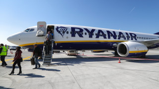 Ryanair иска ограничение за продажбата на алкохол по летищата