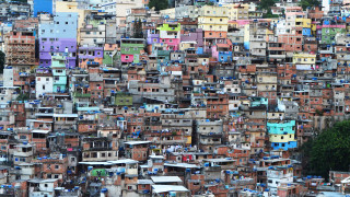 Пандемията обезцени драстично валутите на развиващите се икономики. И проблемите може би тепърва започват