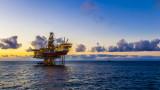 Как Мексико изкара $2,5 млрд. от ниската цена на петрола?