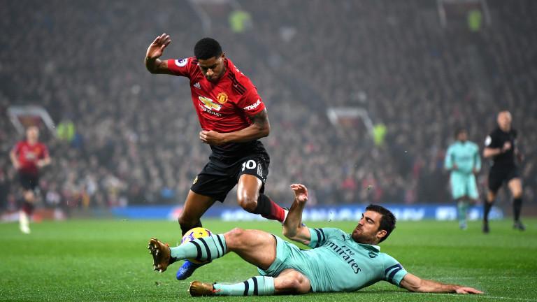 """Юнайтед и Арсенал решиха да се надиграват в голов трилър, спечелиха феновете на """"Олд Трафорд""""!"""