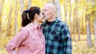 Какво празнуват Брус Уилис и съпругата му