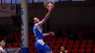 Левски Лукойл спечели първия си плейофен сблъсък с Академик