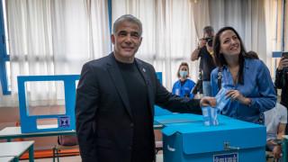 Яир Лапид: Правителство на Нетаняху ще бъде расистко и хомофобско