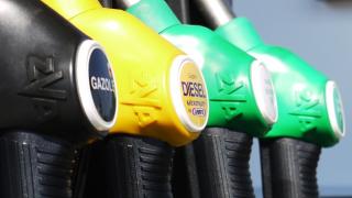 До края на март бензиностанциите трябва да дават нови касови бележки