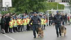 """МВР набира полицейски """"подкрепления"""" сред учениците"""