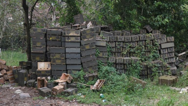 Взривяват бракувани боеприпаси край Сопот
