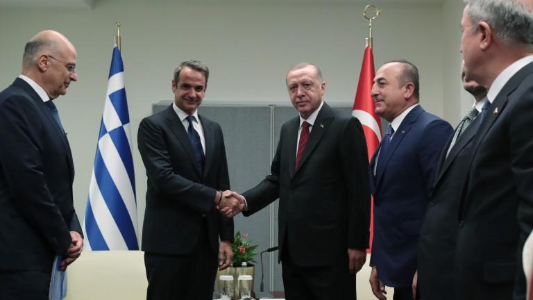 Премиерът на Гърция Кириакос Мицотакис проведе първа среща с турския