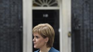 Стърджън: Ако спечелим изборите в Шотландия, Мей да гарантира референдум за независимост