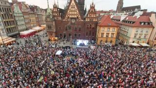 Качински е диктатор, скандираха поляци на поредни протести в страната