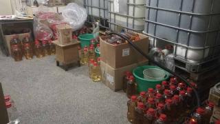 Митничари хванаха 9600 литра контрабанден алкохол