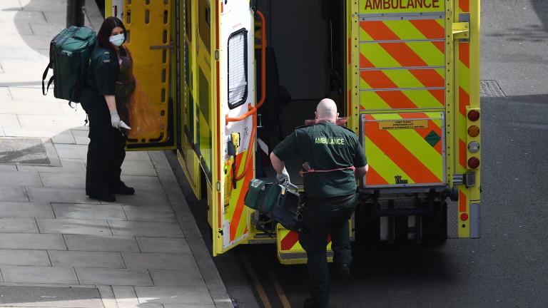 Коронавирусът тласна смъртността в Англия на най-високото ниво от започналото