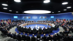 НАТО опроверга Лукашенко, че трупа сили до границата на Беларус