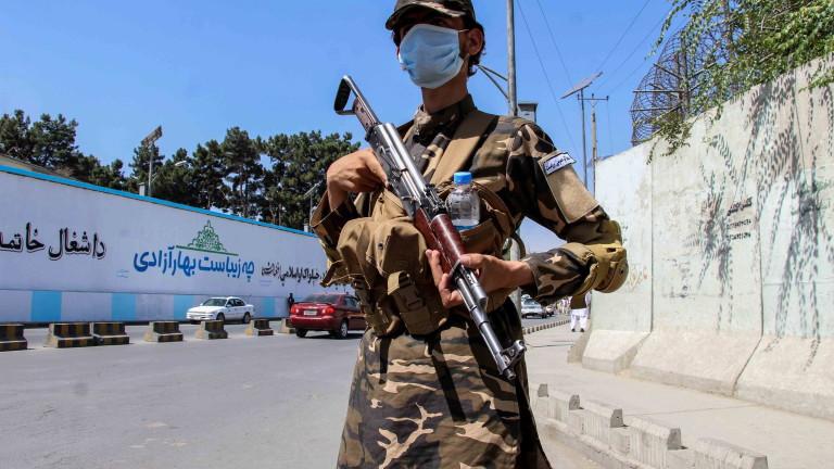 Братът на опозиционер в Афганистан екзекутиран от талибаните