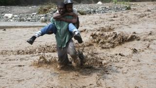 "Ураганът ""Матю"" взе най-малко 26 жертви"