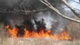 Продължават да горят пожарите край Хасково