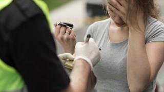 Арестуваха 42-годишна жена с 2,5 промила алкохол зад волана