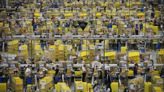 Платформата на Amazon вече работи и в Полша