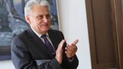 С разследвания Бойко Рашков доказва, че България не е бедна, а е ограбвана