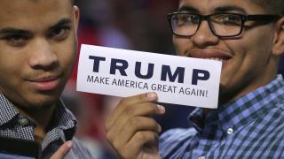 Клинтън е предпочитана от американците пред Тръмп, щяла да се справи по-добре с проблемите