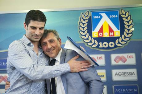Иванов гарантира поне година на Мурсия
