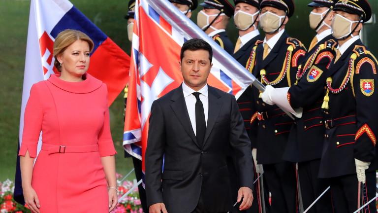 Зеленски предупреди: Лукашенко може да има съдбата на Янукович след Майдана