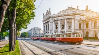 Виена разкри трамвай за противогрипни ваксини