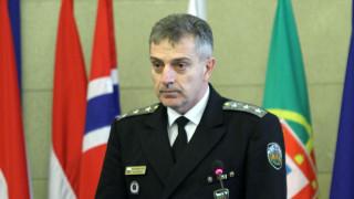2000 военни готови да борят коронавируса с полицията