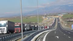 Ограничават движението на ТИР-овете по най-натоварените пътища на 8 май