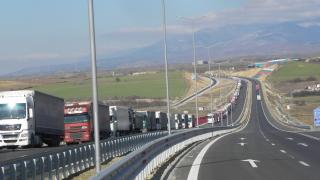 Гърци искат закон срещу дъмпинг от страна на български превозвачи