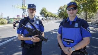 Атаката в Швейцария не е свързана с тероризъм, една жена и нападателят починаха