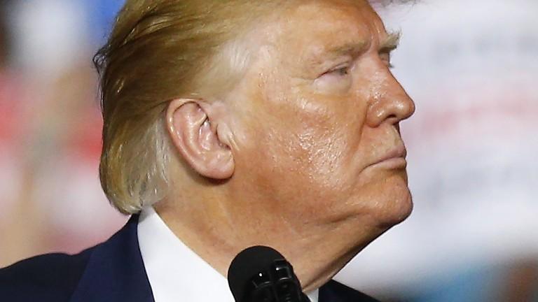 Тръмп търси от банки спасение за Уолстрийт