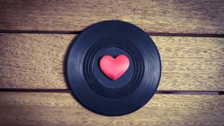 Коя е най-слушаната песен на XX век
