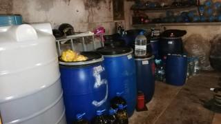 Иззеха близо 2 тона нелегален алкохол при спецакция в Разградско