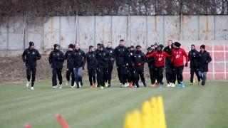 Футболистите на ЦСКА преминаха медицинските прегледи успешно