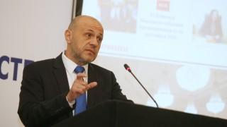 По 1.5 млрд лв. годишно за инфраструктура, обеща Дончев