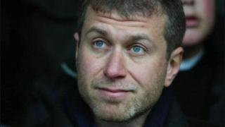 УЕФА разкритикува Роман Абрамович