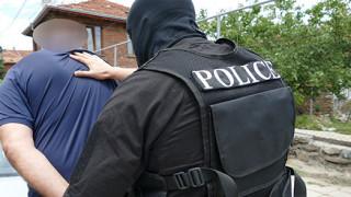 Разкриха банда рецидивисти, грабила в Хасковско