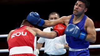 Железен Даниел Асенов не остави шанс на румънец на Токио 2020