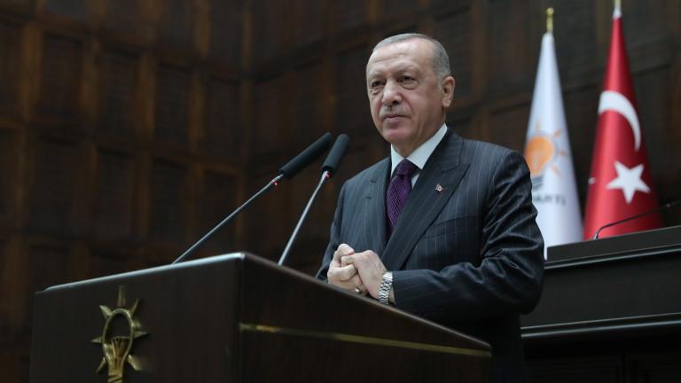 Ердоган пак се закани на Гърция и Кипър