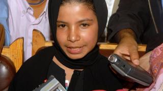 Разведено 10-годишно момиче написа автобиография
