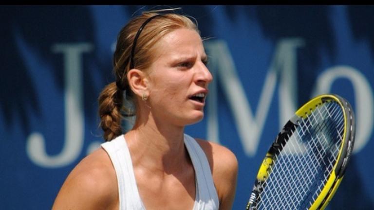 Сесил Каратанчева и Елица Костова ще играят на червени кортове в Чарлстън